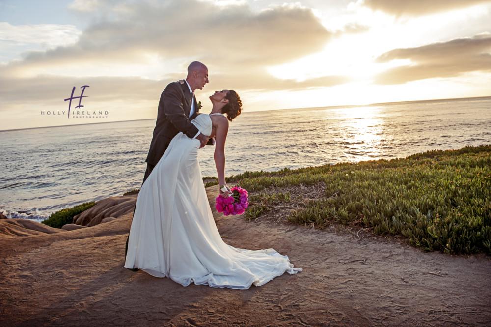 La Wedding Photography: La Jolla Contemporary Art Museum Wedding Photos Of Edie