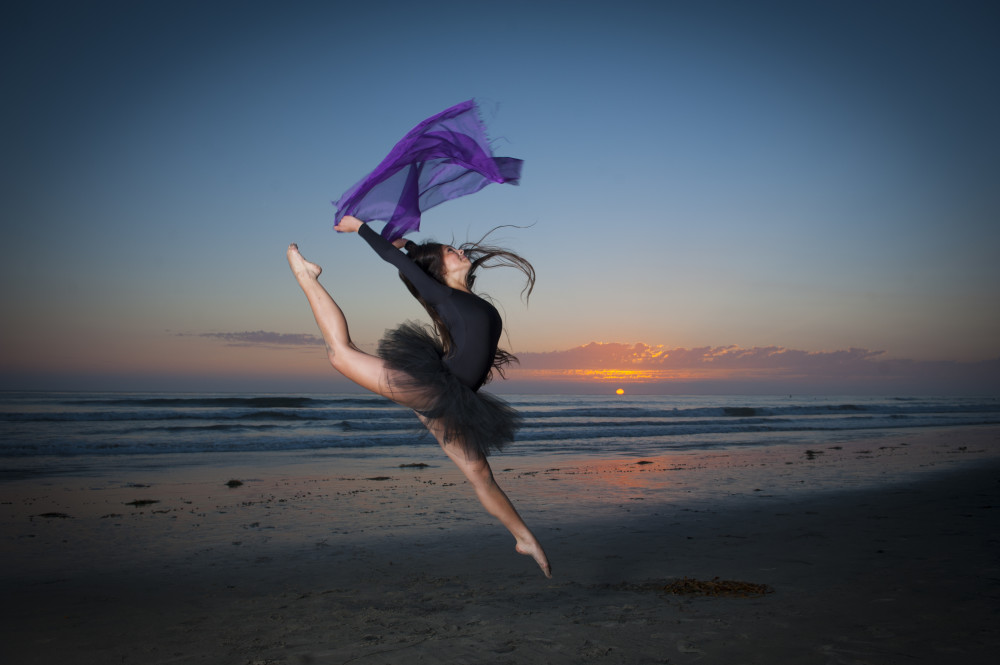Dance photographers Holly Ireland photography with Issy at ...