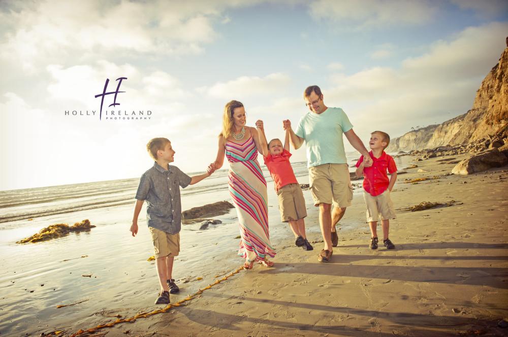 La jolla pier family photography at the beach at sunset