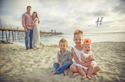 creative family sunset beach photos