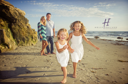 CarlsbadBeach-family-Image