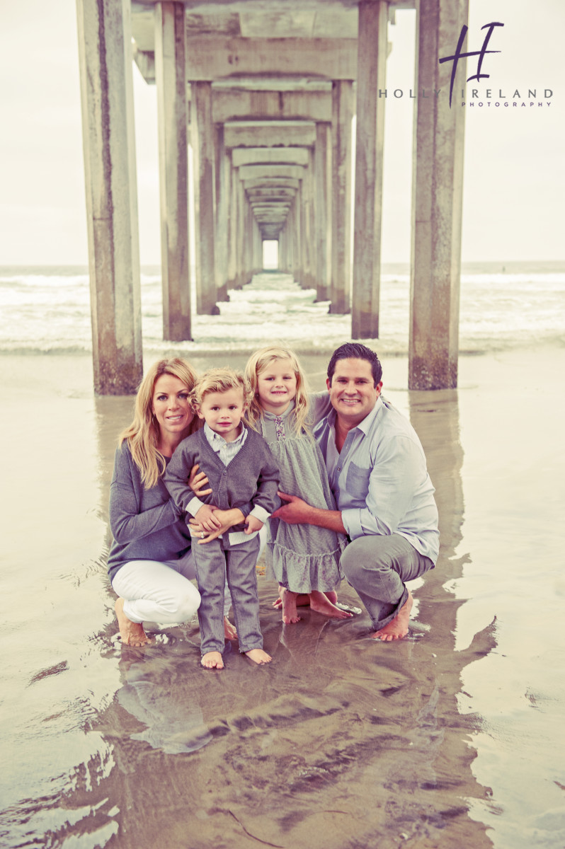 Beach Christmas Cards >> La Jolla Family Photography at the Scripps Pier
